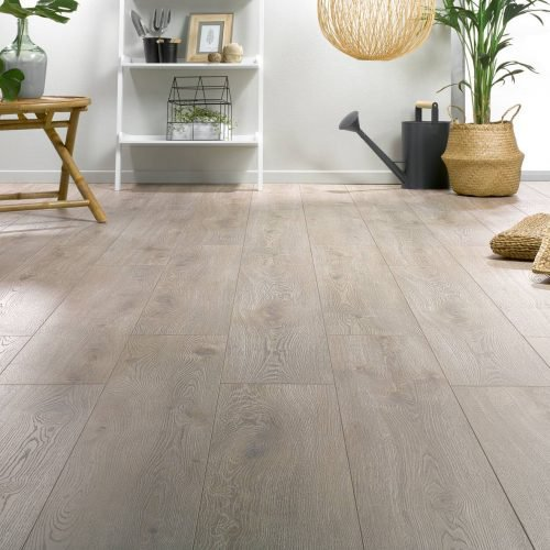 laminatboden-536-linen-eiche-xl-solid-plus-12mm-ac6-lamineo